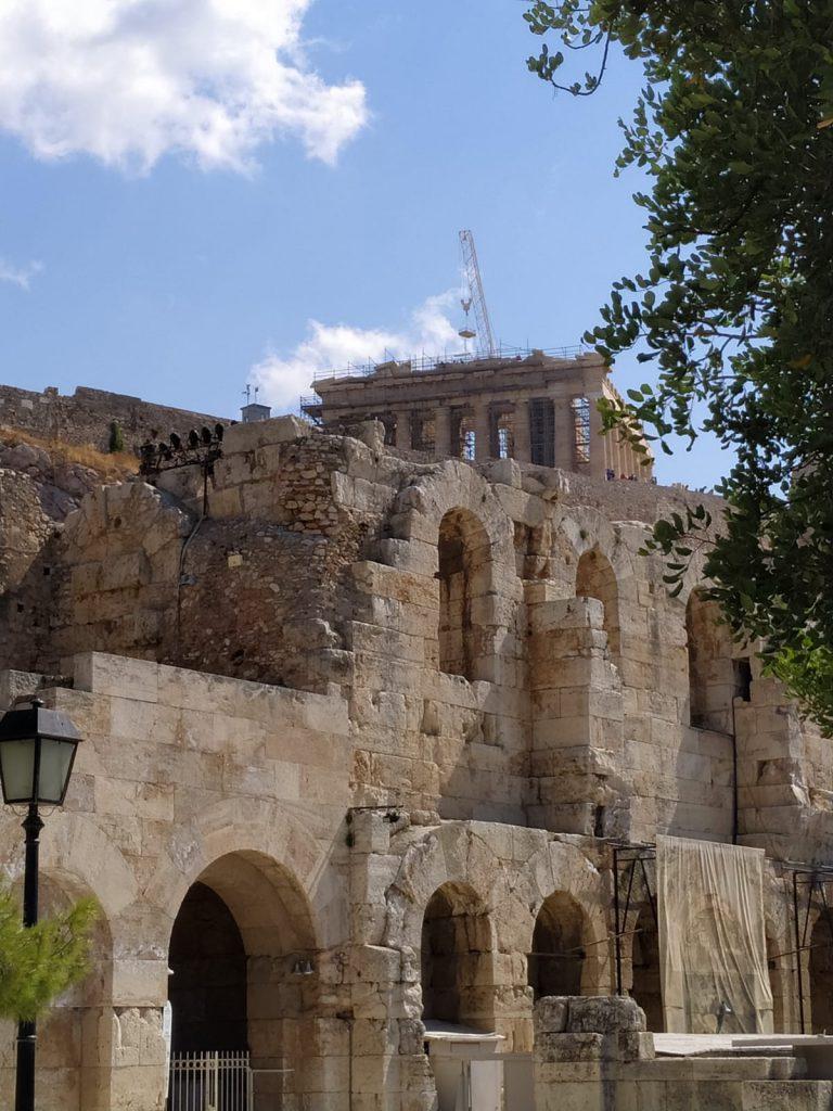 Le chantier de restauration du Parthénon a recueilli les suffrages de Ho, son côté ingénieur sans doute.